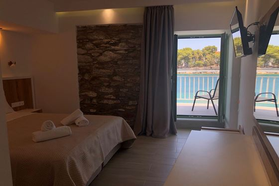 Superior Double Room Ground Floor with Sea View