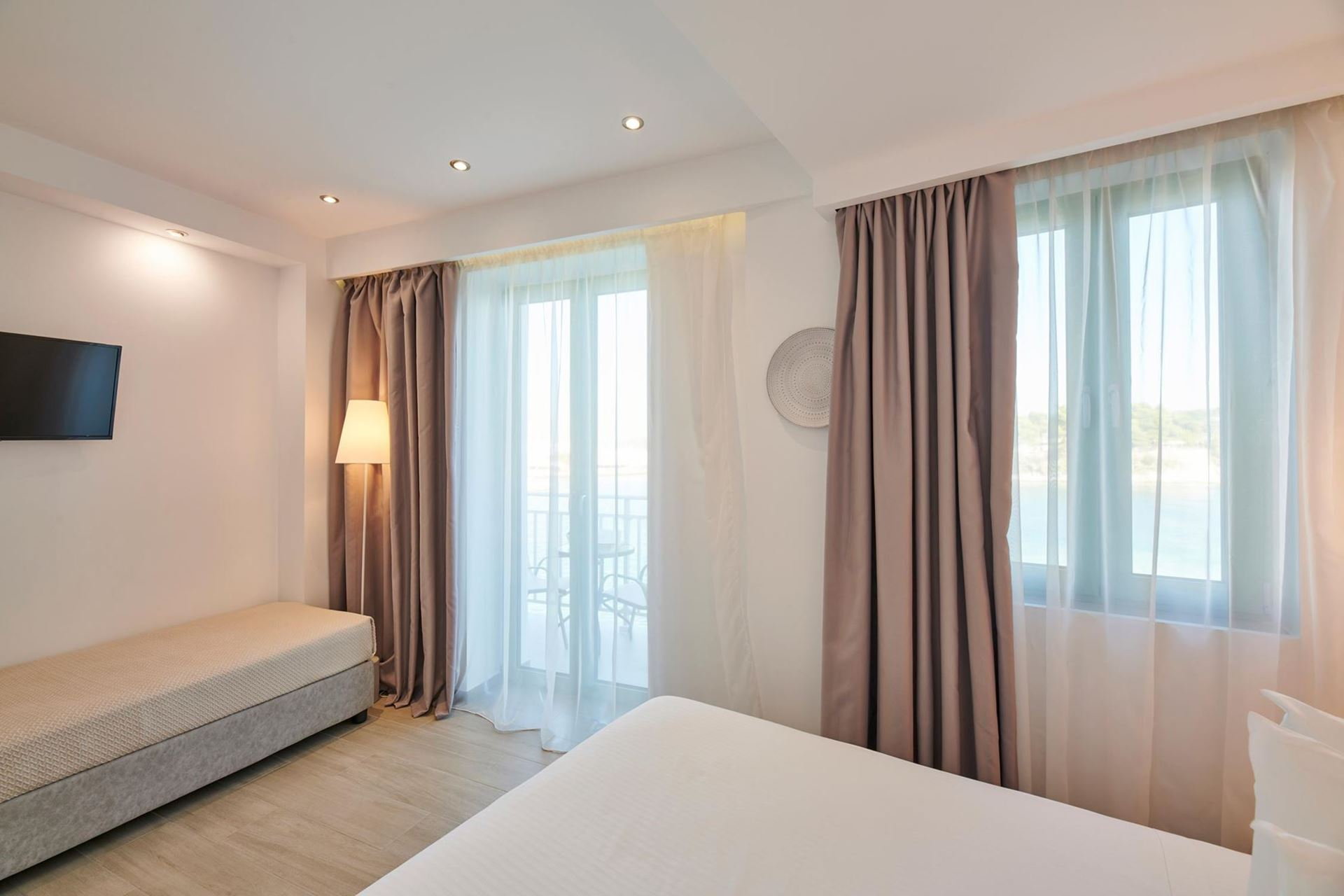 Triple Room 1st Floor with Sea View